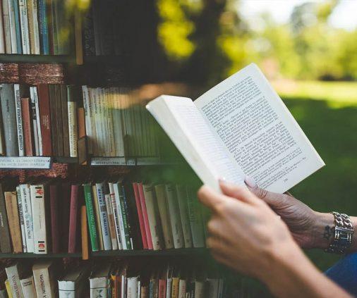 Top những quyển sách hay, truyện tiểu thuyết hay 2020